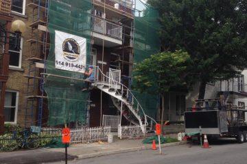 Renovation-Facade-en-Briques-Echafaud