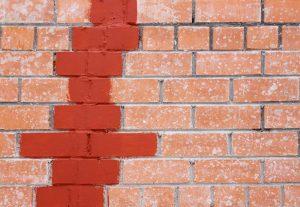 Appliquer-Scellant-Mur-Briques-et-Pierres