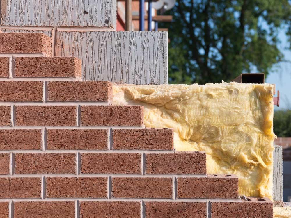 isoler un mur en pierre par l ext rieur sans en modifier l. Black Bedroom Furniture Sets. Home Design Ideas